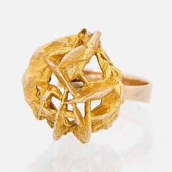 A BJÖRN WECKSTRÖM RING, 'Kioto', 14K gold. Lapponia 1971.