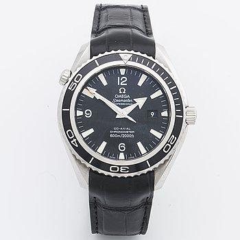 OMEGA, Seamaster, Professional (600m/2000ft), Planet Ocean, Chronometer, armbandsur, 45 mm.
