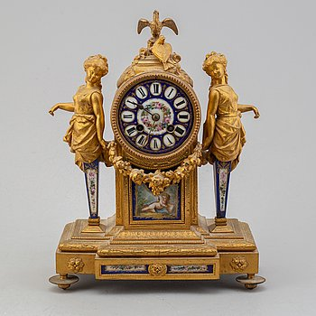 An end of the 19th century French mantle clock.