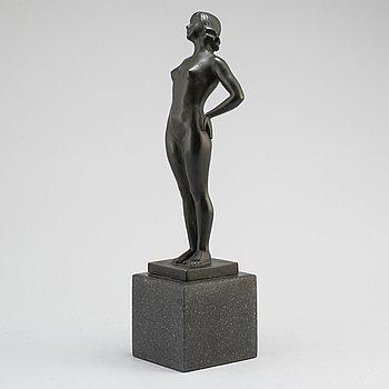 CARIN NILSON, skulptur, brons, sign. och gjutarstämpel. Tot. höjd 39 cm.