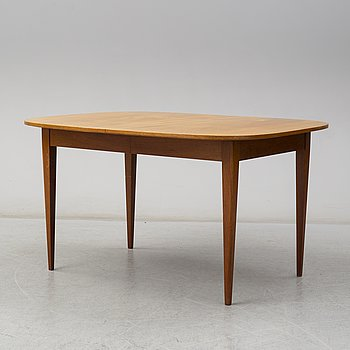 A Josef Frank mahogany dining table, Firma Svenskt Tenn.