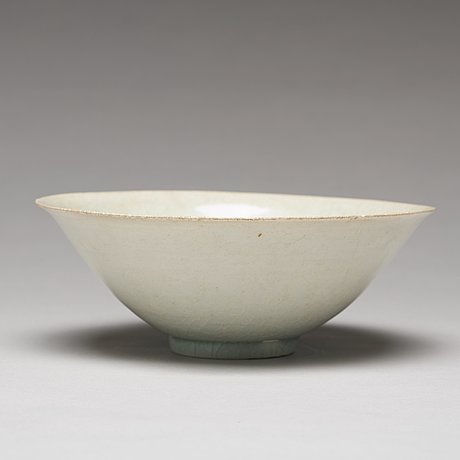 A ying ch'ing bowl, song dynasty (960-1279).