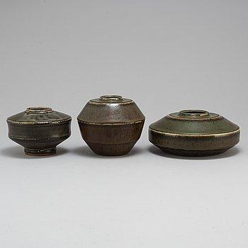 CARL-HARRY STÅLHANE, 3 unique stoneware vases, Rörstrand 1957.