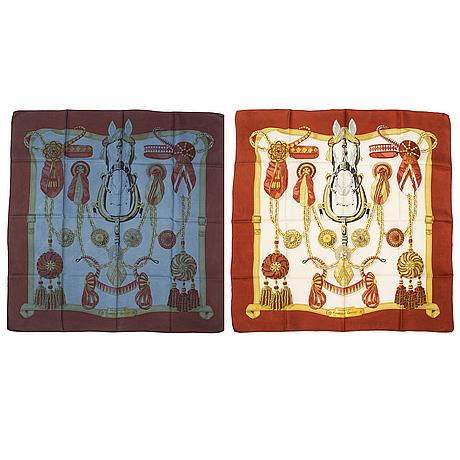 """HermÈs, scarves 2 st, """"frontaux et cocardes"""", en av dem sk dip dye på hermès, cathy latham, 1968."""