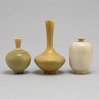 BERNDT FRIBERG, vaser, 3 st, stengods med harpälsglasyr, signerade, Gustavsberg, 1964, 1976 och 1978.