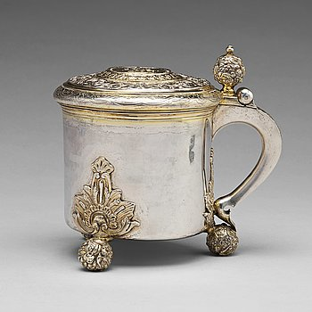 173. A Swedish 18th century parcel-gilt silver tankard, mark of Nils Dahl, Linkoping (1739-1786).