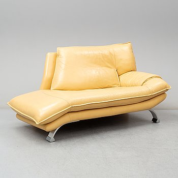 An end of the 20th century day bed, Nicoletti, Italy.