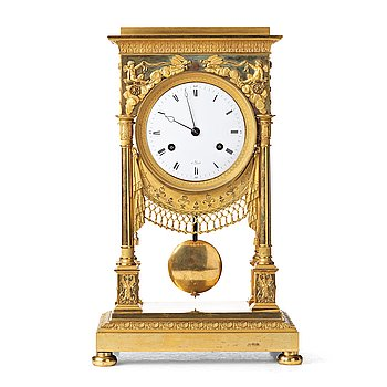 137. A French early 19th century mantel clock.