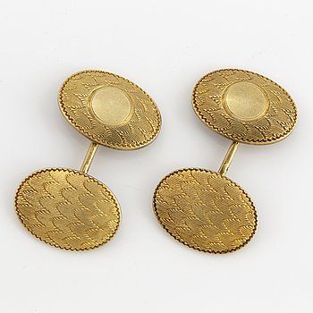 14K gold cufflinks.