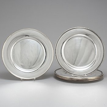 Silver dishes, 6+1, of which six made by C G Hallberg, 1959.