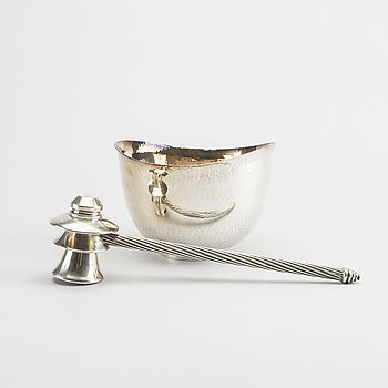 A 20th century silver bowl and gavel, total weight ca 647 gr.
