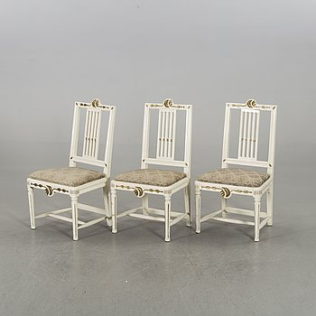 A set fo thre Swedish late Gustavian chairs.