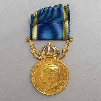 A Swedish medal in 23 ct gold dated 1979.