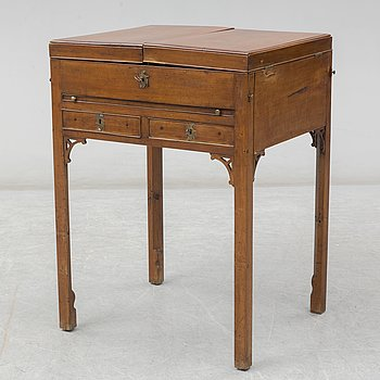 A 19th century vanity table.