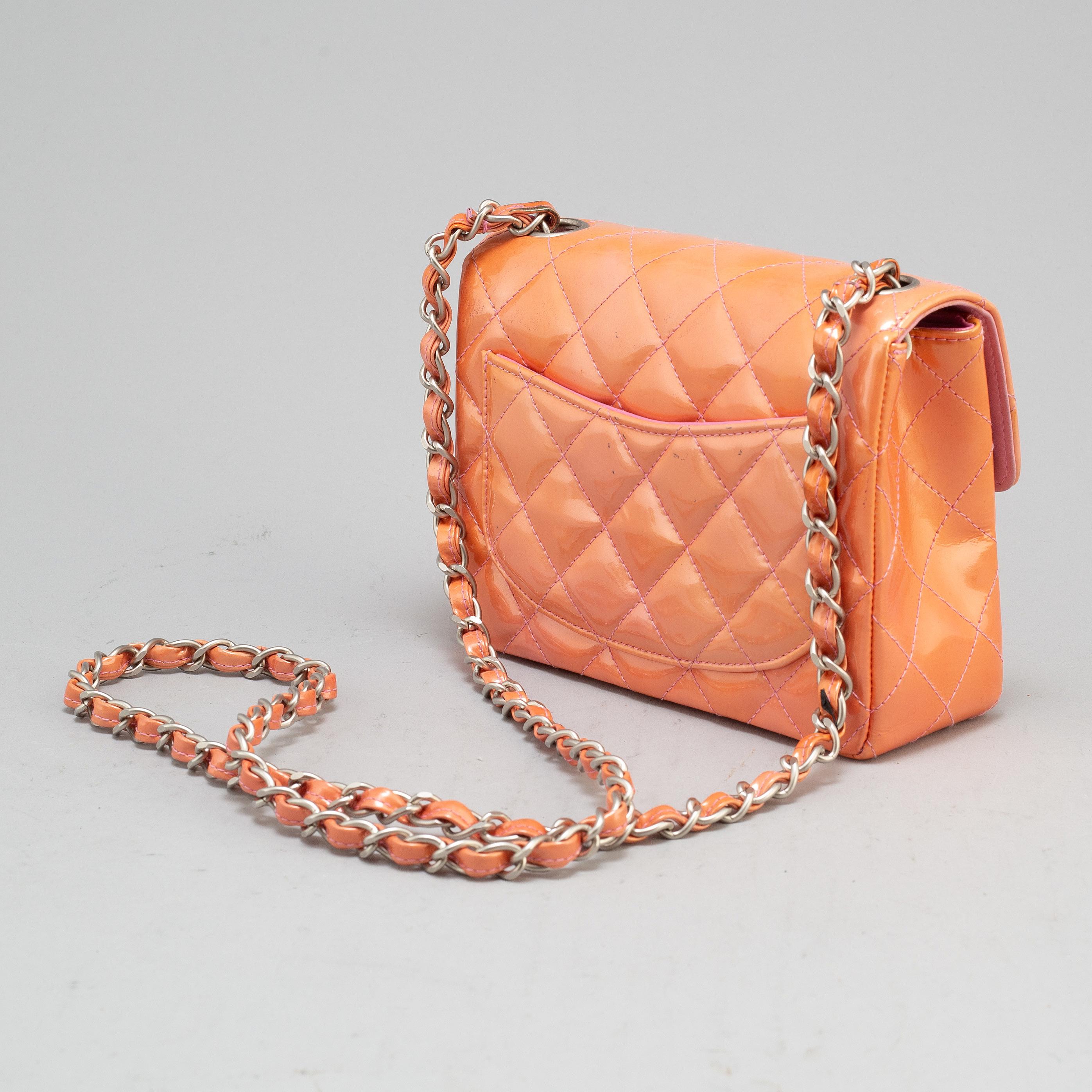 1c0b48b35 CHANEL, a mini Flap Bag, 2000-2002. - Bukowskis