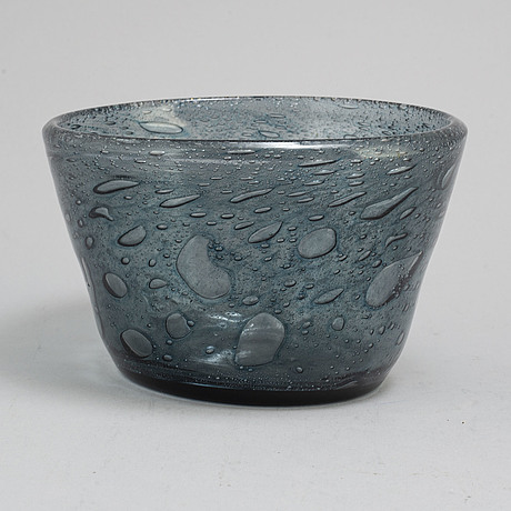 A 1970's glass bowl by kaj franck for nuutajärvi notsjö, finland