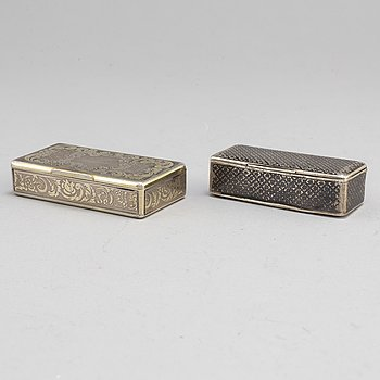2 silver boxes, Russia late 19th century.