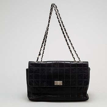 CHANEL a black leather chain bag, 2000-2002.