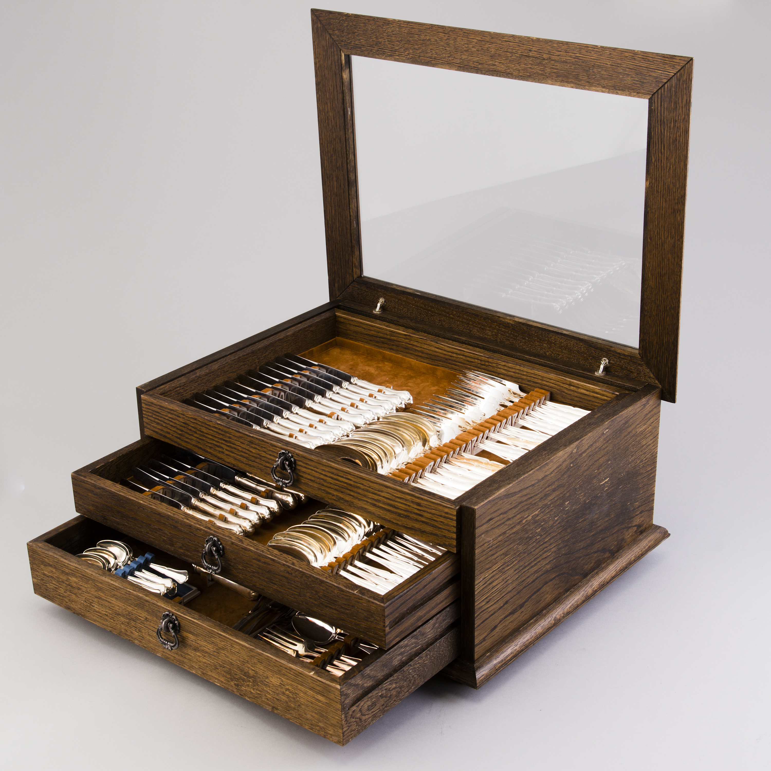 A 12 Piece Set Of Chippendale Silver Cutlery In Wooden Box