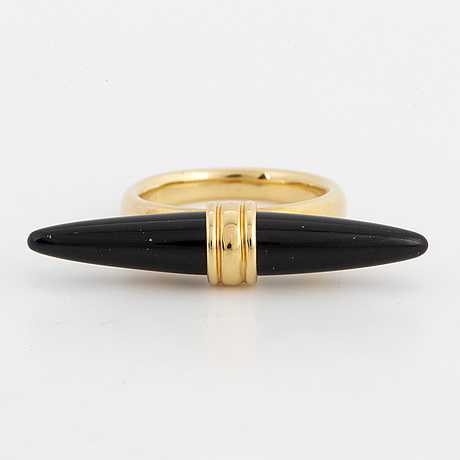 Gold and onyx ring, engelbert.