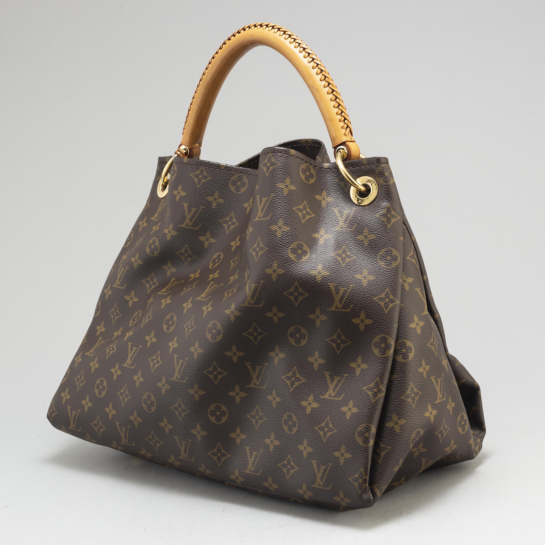 7003bfebd5f4 LOUIS VUITTON, a monogram canvas 'Artsy MM' bag. - Bukowskis
