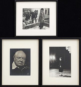 A set of three photographies stamped.