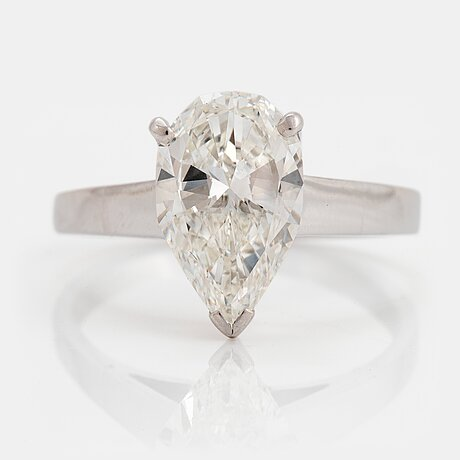 An 18k white gold ring set with a pear shaped brilliant-cut diamond 2.12 cts g vs 1.