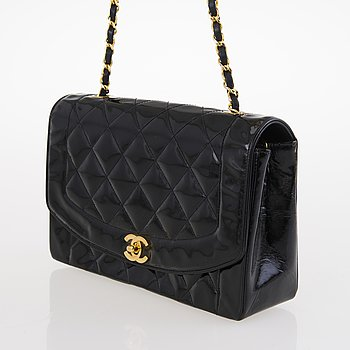 "CHANEL, ""Diana Single Flap Bag"", VÄSKA."