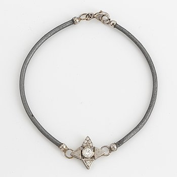 ARMBAND, med briljanter ca 0,24 ct + 0,07 ct.