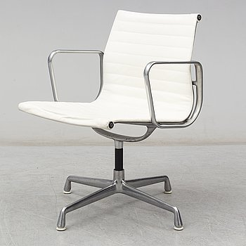 A second half of the 20th century chair by Charles & Ray Eames, no 938-138, Herman Miller.