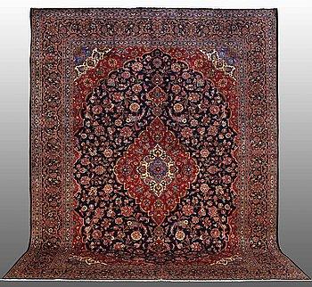 A CARPET Kashan, ca 400 x 302 cm.