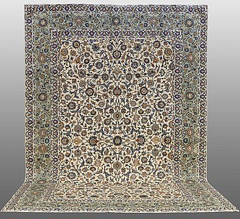 A carpet, Kashan, ca 434 x 305 cm.