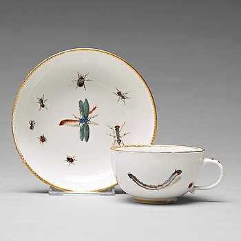 307. A Meissen cup with stand, 18th Century.