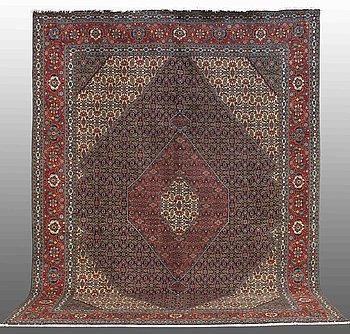 A CARPET, Tabriz, so called 40 Radj, ca 390 x 298.
