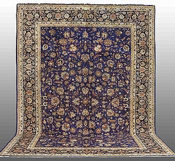 A CARPET, Najafabad, ca 440 x 320 cm.
