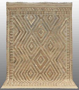 A carpet, Kilim, ca 298 x 206 cm.