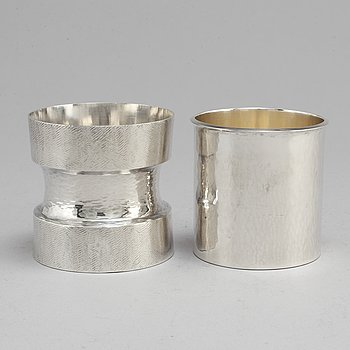 REY URBAN, 2 sterling silver beakers, Stockholm 1974 and  Fausing, Denmark.