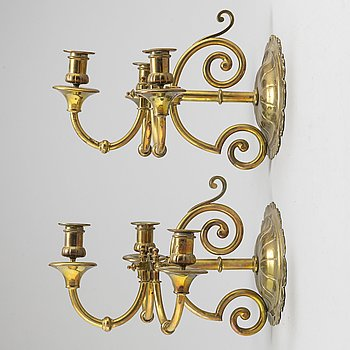 A pair of 20th cetury brass wall sconces.