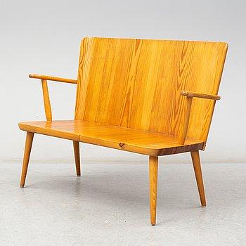 A Göran Malmvall pine sofa, second half of the 20th century.