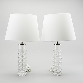 CARL FAGERLUND, A PAIR OF GLASS TABLE LAMPS  FOR ORREFORS, MODELL RD 2074.