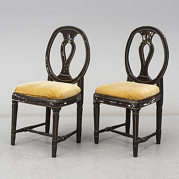 A pair of gustavian chairs, ca 1800.