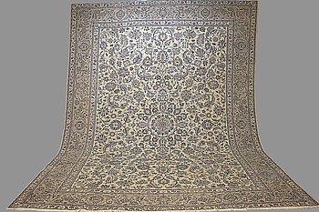 A CARPET, Kashan, signed Fajez, ca 404 x 312 cm.