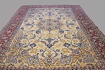 A, CARPET, Esfahan/Najafabad, ca 395 x 260 cm.