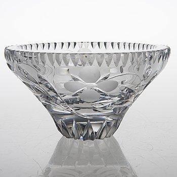 AIMO OKKOLIN, a bowl signed Aimo Okkolin Riihimäen Lasi Oy.