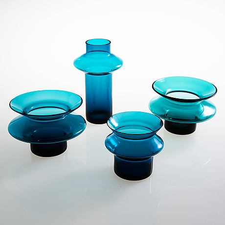 Helena tynell, four 'hyrrä' vases riihimäen lasi oy. in production 1959-1968.