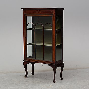 A mahogany cabinet, first half of the 20th century.