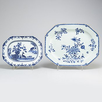 Two blue and white export serving dish, Qing dynasty, Qianlong (1736-95).