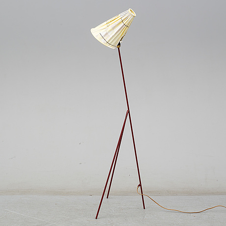 A mid 20th century floor lamp.