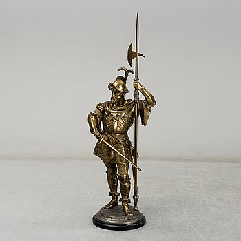 A late 19th century figure depicting a soldier.