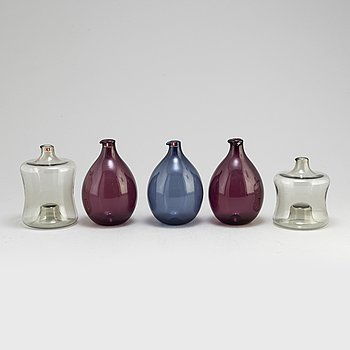 TIMO SARPANEVA, five second half of the 20th century glass vases, Iittala, Finland.